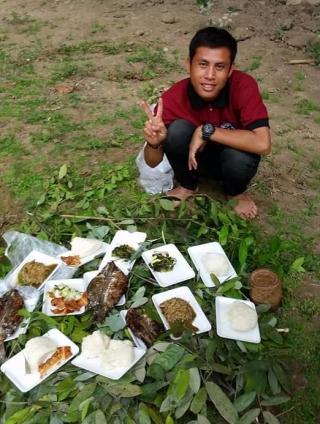 Notre lunch pendant notre trek à Thakhek
