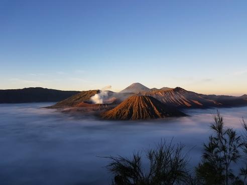 Lever du soleil sur le Mont Bromo