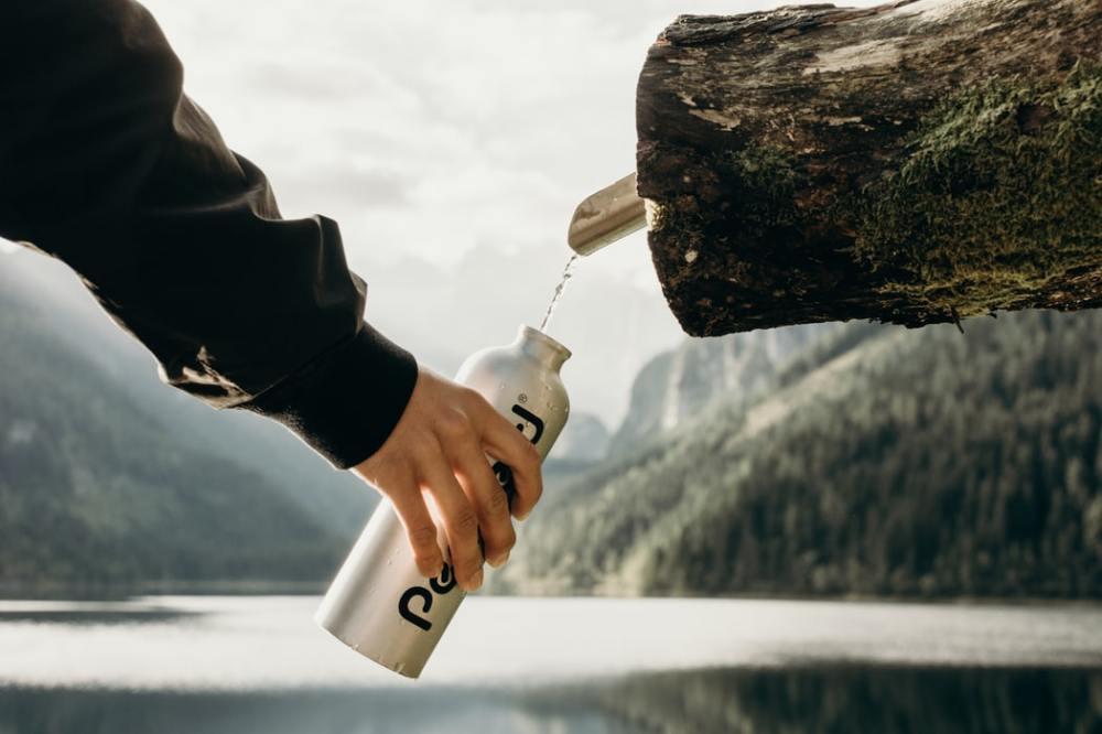 gourde eau source naturelle